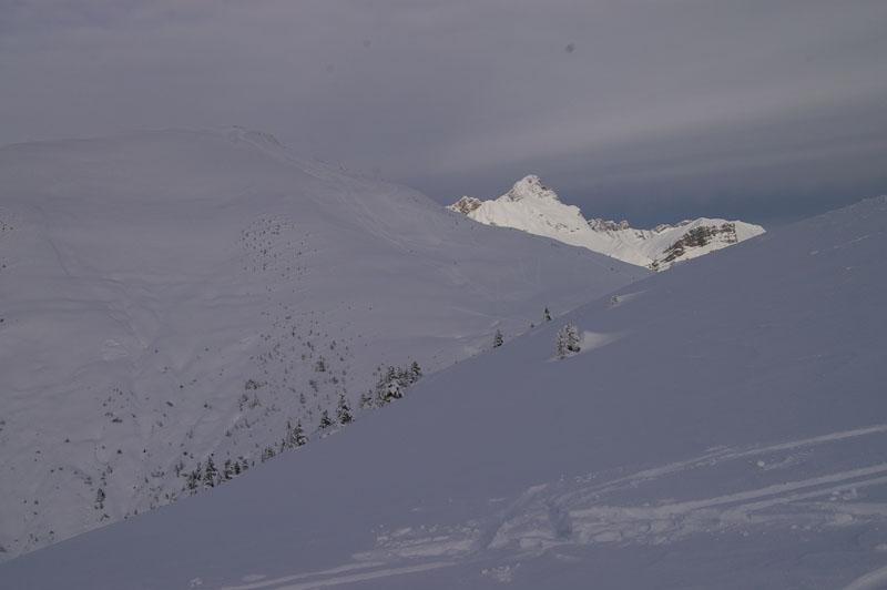 le Croise Baulet et la Pointe Percée lors de la montée vers le Petit Croise Baulet
