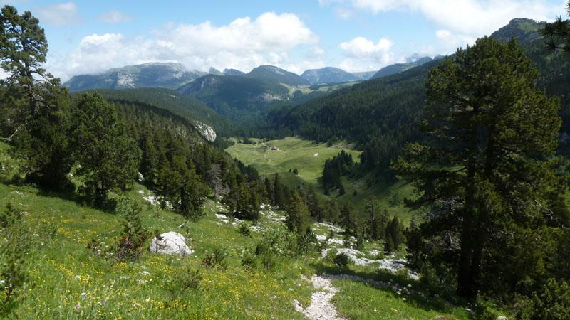 le vallon d'Ablon et le plateau des Glières depuis les Grands Prés